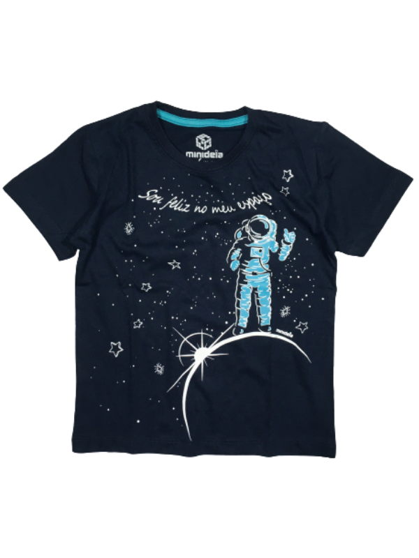 Camiseta Astronauta Brilha No Escuro